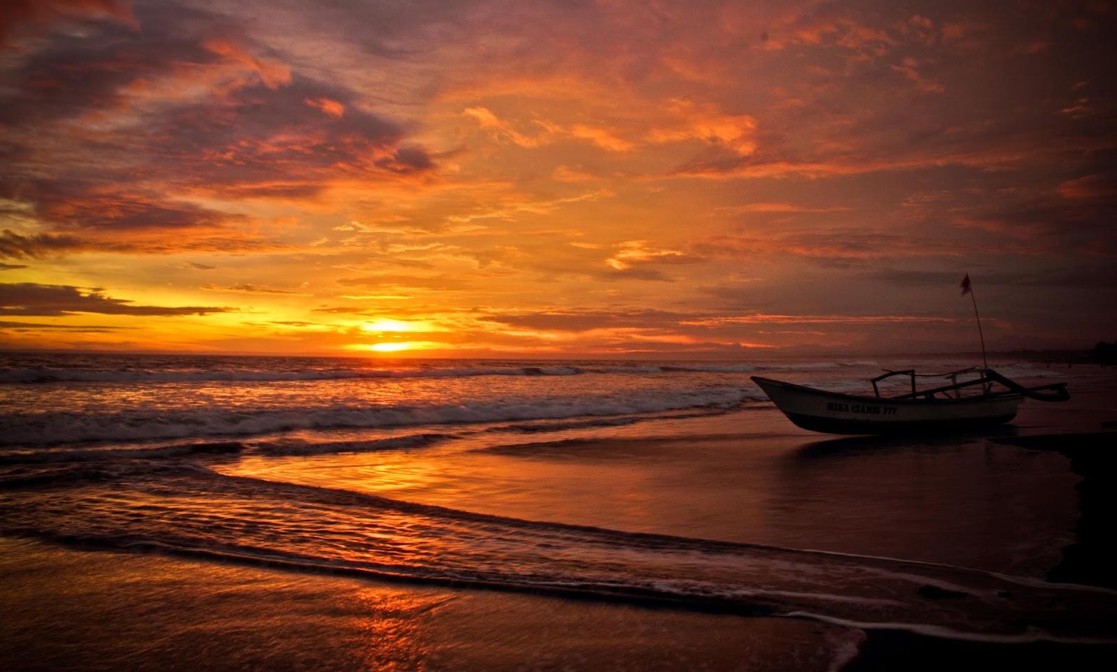 1 Pantai Batu Nona turisindo Amelia Niia