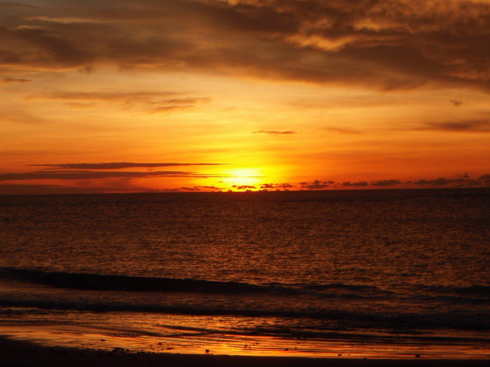 1 Pantai Batu Nona turisindo egrafis