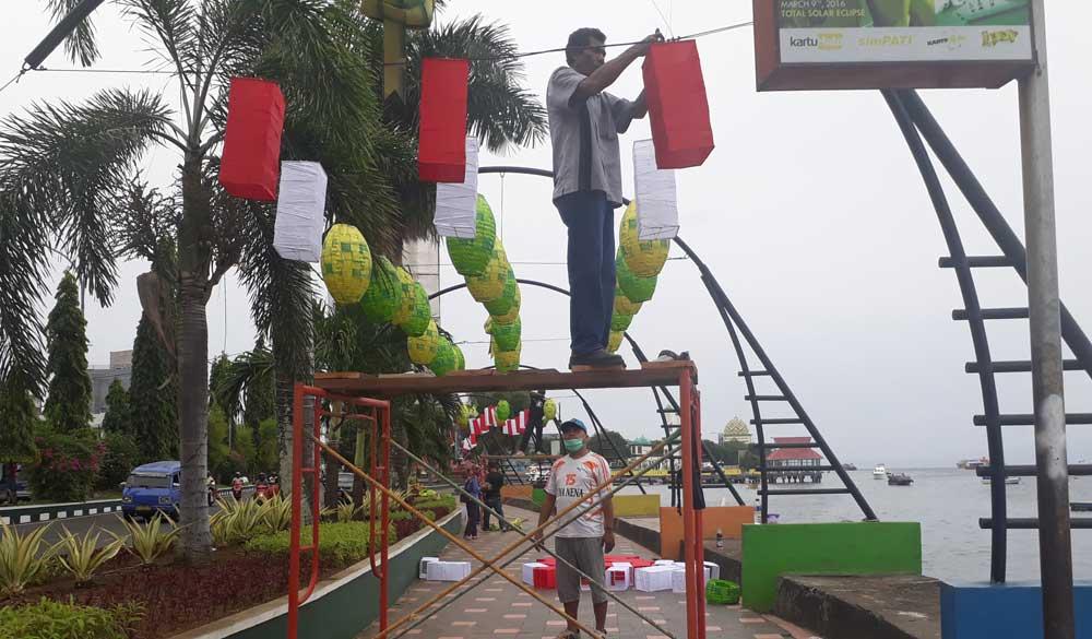 Wisata Maluku Utara Pantai Falajawa