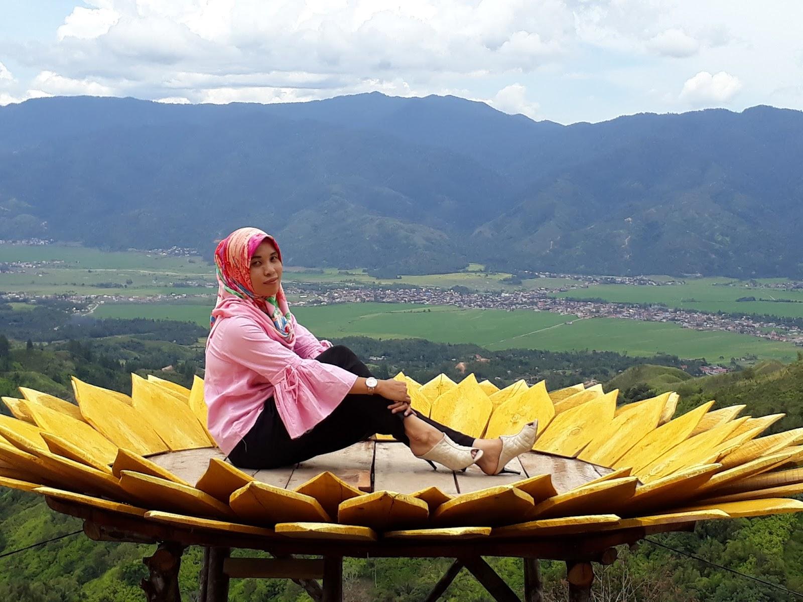 11 Bukit Impian turisindo Enny Zaliavari