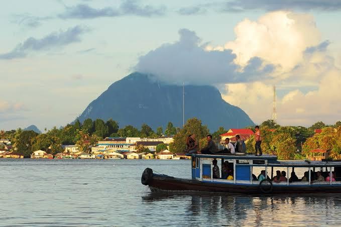Wisata Bukit Kelam, Sintang, Kalimantan Barat