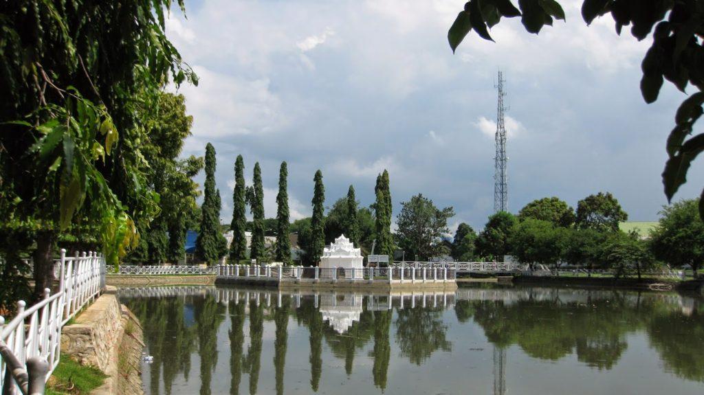 Wisata Aceh Taman Sari Gunongan dan Pinto Khop