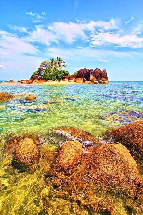 Wisata Pantai Temajuk, Sambas, Kalimantan Barat