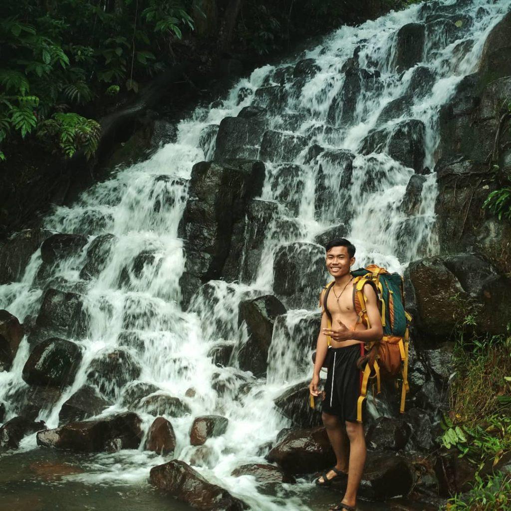 Wisata Air Terjun Batu Susun, Bengkayang, Kalimantan Barat
