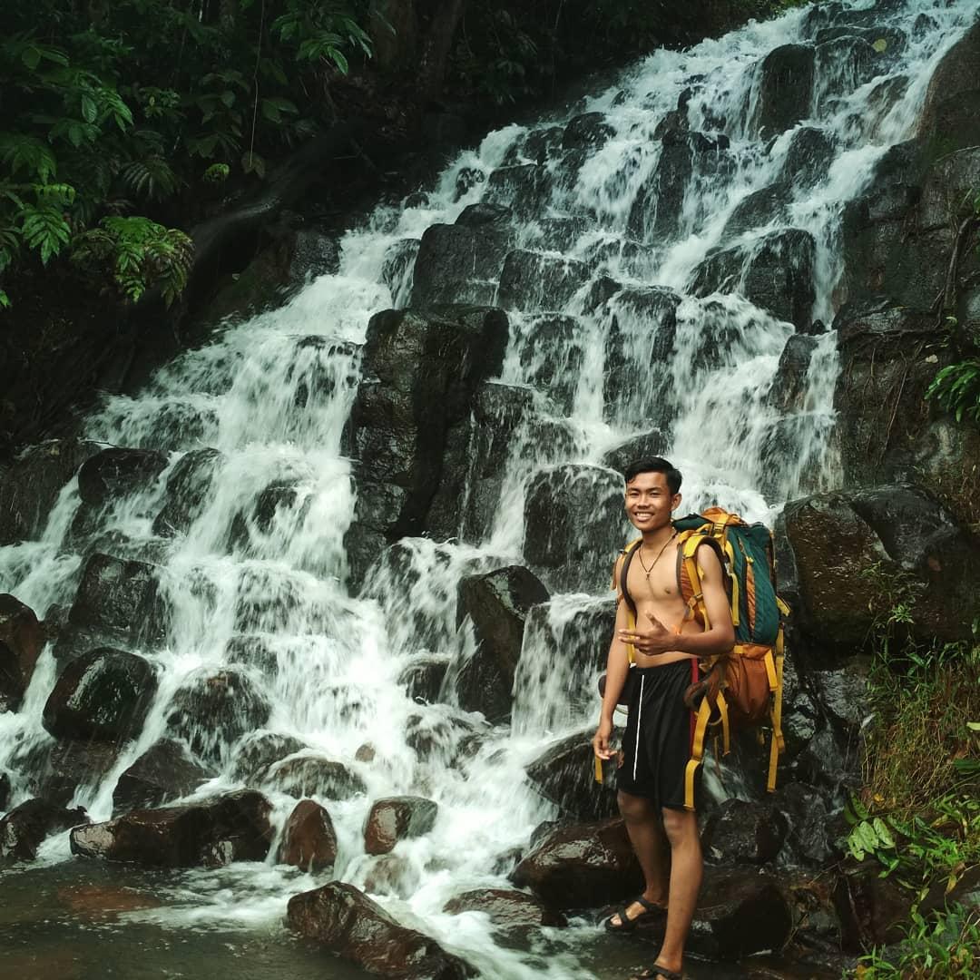 5 Air Terjun Batu Susun, Bengkayang Traveling Yuk