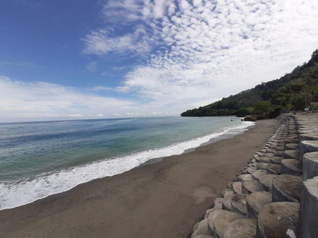 Wisata Sulawesi Tengah Pantai Enu Donggala