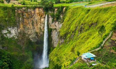 Wisata Air Terjun Sipiso-piso Sumatra Utara