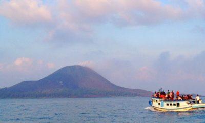 Wisata Jetski di Gunung Krakatau, Jawa Barat