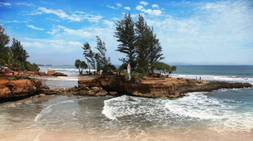 Pantai Sungai Suci, photo by Backpacker Jakarta