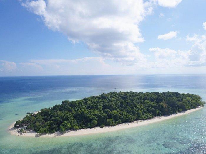 Pulau Sangalaki, photo by Indozone