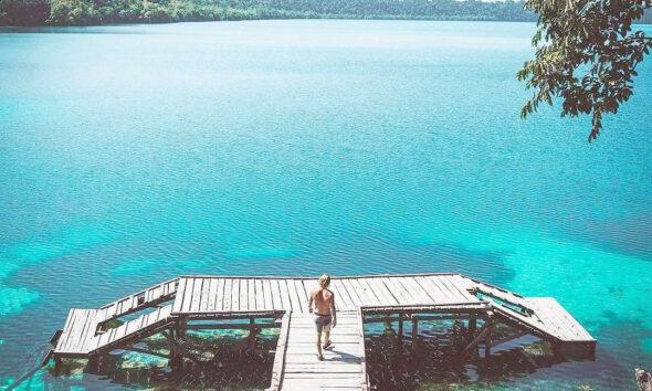Pulau Kakaban, photo by Holamigo.id