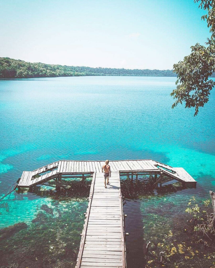 Pulau Kakaban, photo by Holamigo.id