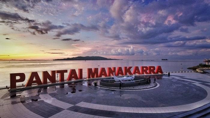 5 Anjungan Pantai Manakarra Native Indonesia